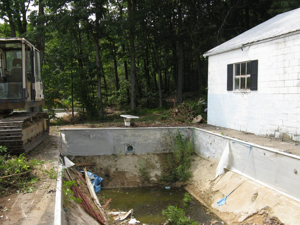 Removing in-ground pool near house