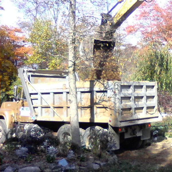 tandem-axle dump truck